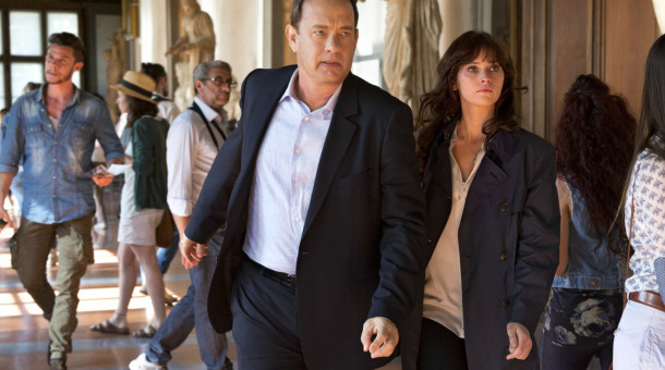 "Tom Hanks als Robert Langdon und Felicity Jones als Dr. Sienna Brooks in ""Inferno""."