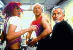 Wir müssen hier weg! Milla Jovovich, Bruce Willis  und Ian Holm