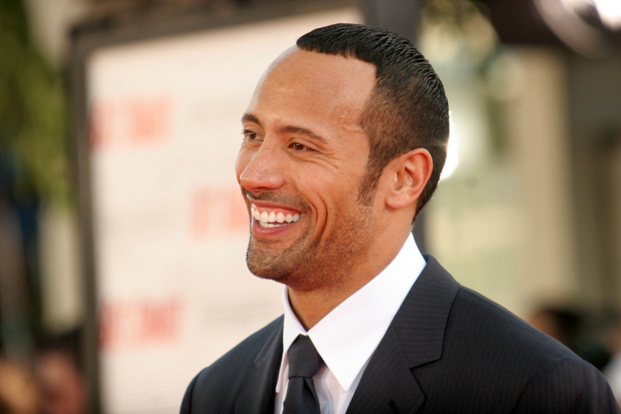 dwayne johnson infos und filme. Black Bedroom Furniture Sets. Home Design Ideas