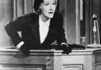 Mein Mann hat mir gestanden, dass er der Mörder  ist! Marlene Dietrich als Christine Vole
