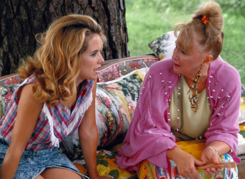 Hippie-Zicken: Rose (Kelly Preston, l..) und ihre
