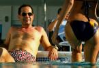 Tony Shalhoub genießt das Leben.