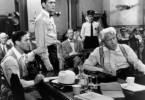 Anwalt Henry Drummond (Spencer Tracy, r.) verteidigt den jungen Lehrer Bertram T. Cates (Dick York, M.)