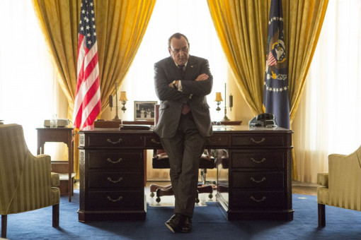 Präsident Nixon (Kevin Spacey) im Oval Office
