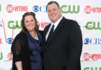 "Die Haupdarsteller in der Serie ""Mike & Molly"": Melissa McCarthy verkörpert Molly Flynn. Billy Gardell spielt Mike Biggs."