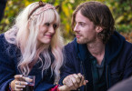 James (Luke Treadaway) mit seiner Nachbarin Betty (Ruta Gedmintas).