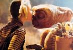 Hat wohl gerade einen Blumentopf gewonnen: E.T. und Drew Barrymore