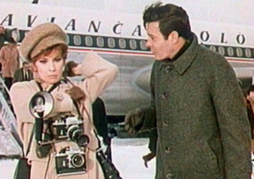 Fotoreporterin Lisa (Gina Lollobrigida) lernt den