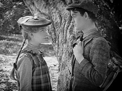 Susie (Lillian Gish) liebt William (Robert Harron)