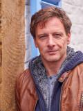 """Hendrik Duryn als Stefan Vollmer in der RTL-Serie """"Der Lehrer""""."""