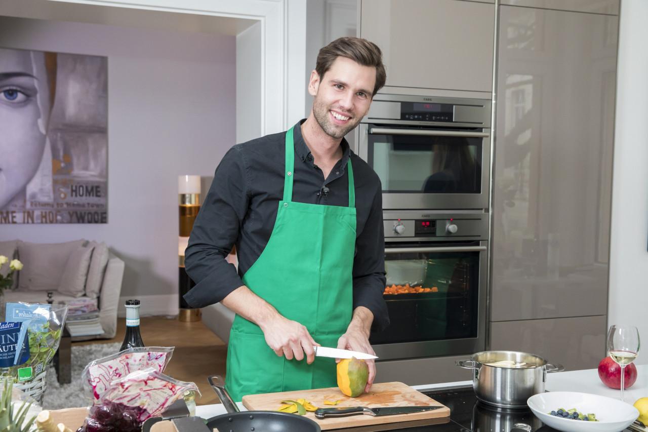 Das Perfekte Promi Dinner Hausverbot Für Alexander Honey Keen