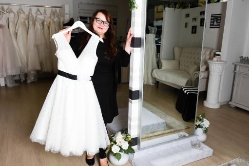 Zwischen Tull Und Tranen Die Brautmodenausstatter