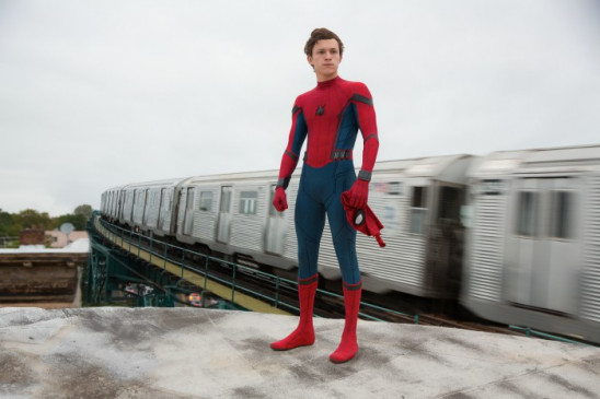 Netze-schwingender Superheld: Tom Holland als Peter Parker alias Spider-Man.