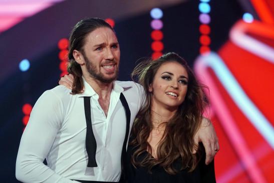 Let's Dance 2017: Profitänzerin Christina Luft ist verletzt - Giovanni