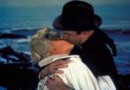 John (James Stewart) hat sich leidenschaftlich in Madeleine (Kim Novak) verliebt ...