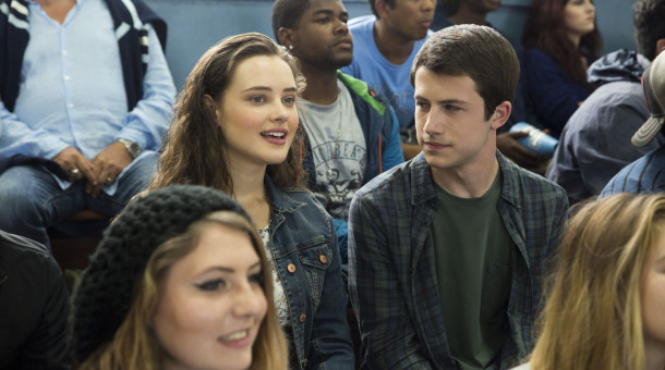 "Katherine Langford und Dylan Minnette in der Netflix-Serie ""13 Reasons Why""."