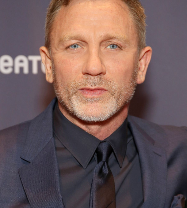 Daniel Craig: bleibt James Bond.