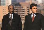 Schauen etwas blöd aus der Wäsche... Ben Affleck (r.) und Morgan Freeman