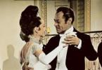 Kein hässliches Entlein mehr! Rex Harrison stellt erstaunt fest, dass dich Audrey Hepburn gemausert hat