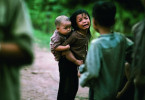 Die Schrecken des Krieges und das Leiden der Kinder.