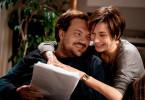 Christine (Christiane Paul) und Konrad (Charly Hübner) sehen erst mal kein Problem darin, dass sie wieder beide arbeiten werden. Sie sind glücklich miteinander, verstehen sich gut und dann kommt ja auch noch das neue Aupair-Mädchen. Das wird schon gutgehen Ö