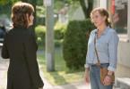 Sarah (Macha Limonchick, re.) trifft auf Liza O''Gallagher (Micheline Bernard, li.): Noch ahnt sie nicht, dass sie in Fatale-Station alles andere als willkommen ist.