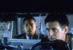 Dem erfolgreichen Anwalt Dean (Will Smith, l.) wird ein hoch brisantes Video zugespielt. Gelingt es dem Fahrer, der sich als Informationshändler Brill (Gabriel Byrne) ausgibt, vom Anwalt das ominöse Video zu erhalten?