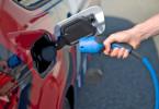 Zukunft E-Mobilität: Schafft die deutsche Autoindustrie die mobile Revolution?