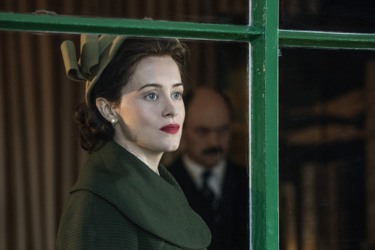 "Claire Foy in ihrer Rolle als junge Queen Elizabeth II. in der Netflix-Serie ""The Crown""."