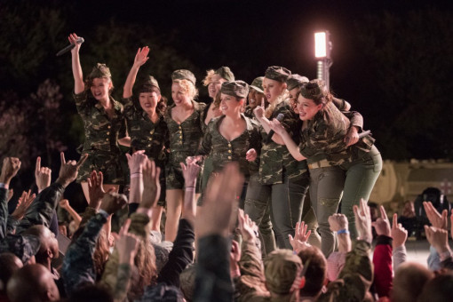 "Motiv aus ""Pitch Perfect 3"""