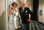 Paul Winkelmann (Loriot), der zerstreute Chef eines Möbel- und Dekorationsgeschäfts, mit der Psychologin Margarethe Tietze (Evelyn Hamann).