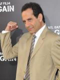 """Tony Shalhoub bei der Premiere des Films """"Pain & Gain""""."""