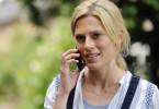 Floriane Kramer (Nele Kiper) bespricht mit Annette Ingolfs Kinderwunsch.
