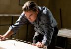 """Dom Cobb (Leonardo DiCaprio) ist ein Spezialist auf dem Gebiet des Gedanken-Diebstahls. Sein neuestes Projekt, den japanischen Industriellen Saito zu bestehlen, misslingt jedoch. Cobb fliegt auf und muss sich auf einen gefährlichen Deal einlassen, wenn er in seine Kinder wieder sehen will. Er wird für eine """"Inception"""" engagiert..."""