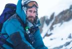 Völlig erschöpft, dennoch voller Stolz erreicht Scott Fischer (Jake Gyllenhaal) das Ziel – den Gipfel des Mount Everest.