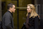 Anfangs war Pamela Landy (Joan Allen) Jason Bourne (Matt Damon) auf den Fersen, doch schließlich wird sie seine Verbündete.