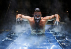 Nachdem sein Skelett in einer äußerst schmerzhaften Prozedur mit unzerstörbarem Adamantium überzogen wurde, wird aus Logan der nahezu unverwundbare Mutant Wolverine (Hugh Jackman)...