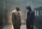 Frazier (Denzel Washington, l.) versucht herauszufinden, was Geiselnehmer und Bankräuber Dalton Russell (Clive Owen, r.) bezwecken will.