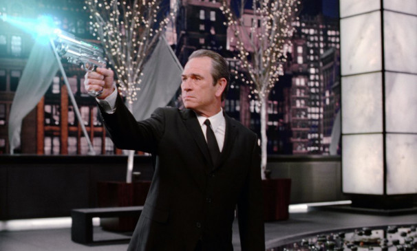 Agent Kay (Tommy Lee Jones)