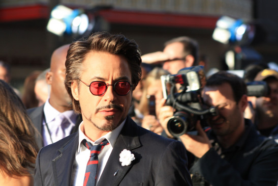 Der US-amerikanische Schauspieler und Sänger Robert Downey Jr. wurde am 4. April 1965 in New York City als Sohn des Filmemachers Robert Downey sr. geboren.