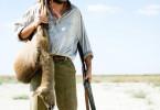 Der illegale Jäger Jésus (Salva Reina) im Marschland, am Unterlauf des Flusses Guadalquivir