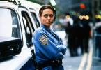 Der Mörder ist Streifenpolizistin Amelia Donaghy (Angelina Jolie) immer einen Schritt voraus.