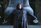 Van Helsing (Hugh Jackman) erhält den geheimen Auftrag, in Transsylvanien die gefürchtete Blutsauger-Brut rund um Graf Dracula auszurotten.