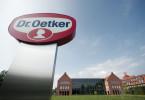 Blick auf das firmeneigene Gelände der sogenannten Oetker Welt in Bielefeld.