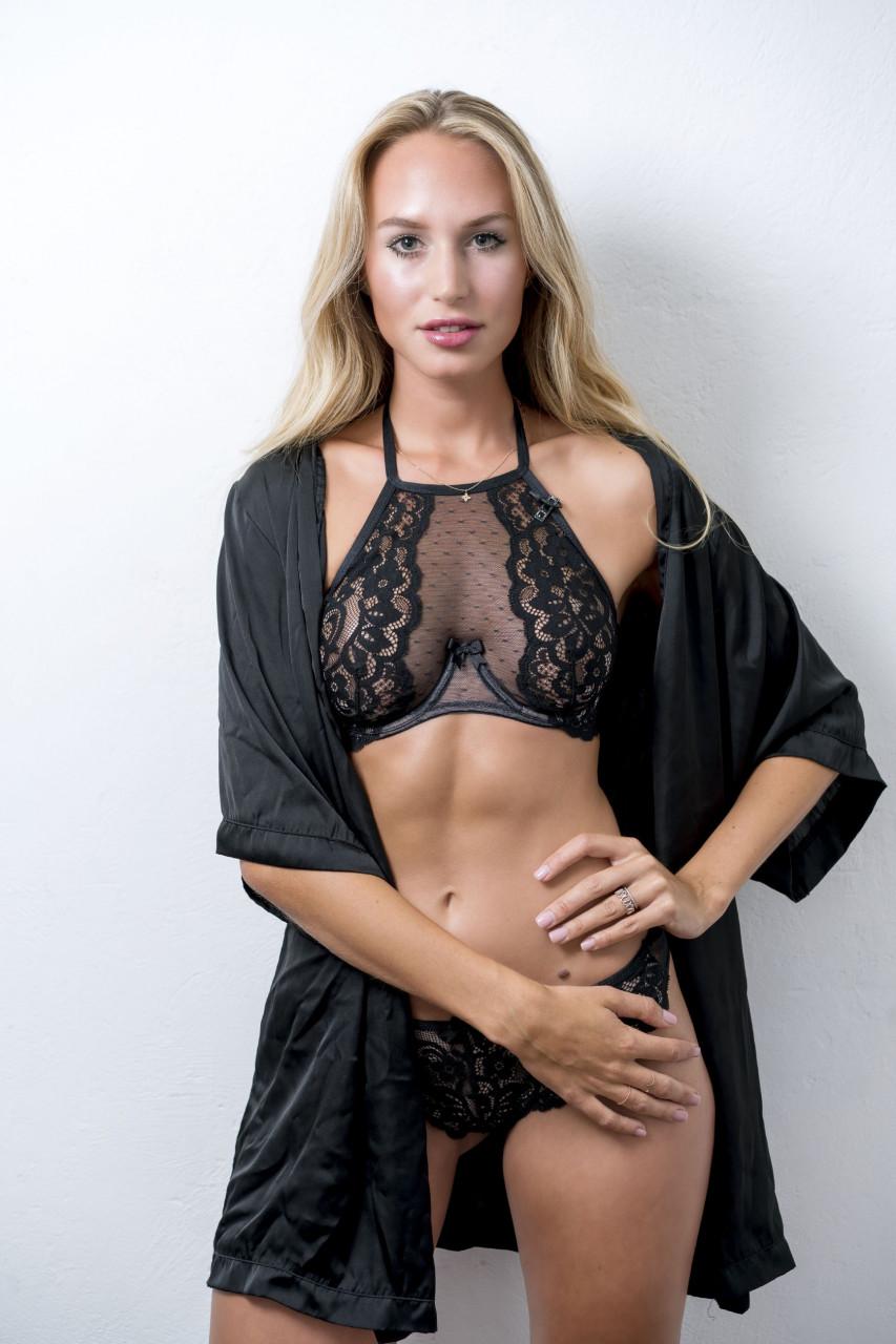 Sylvies Dessous Model