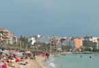 Massentourismus auf Mallorca: Playa de Palma - die Hochburg der deutschen Touristen.