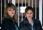Ein Sexualstraftäter ist aus der JVA geflüchtet. Kommissarin Heller (Lisa Wagner, l.) und LKA-Beamtin Voigt (Lavinia Wilson, r.) ermitteln.