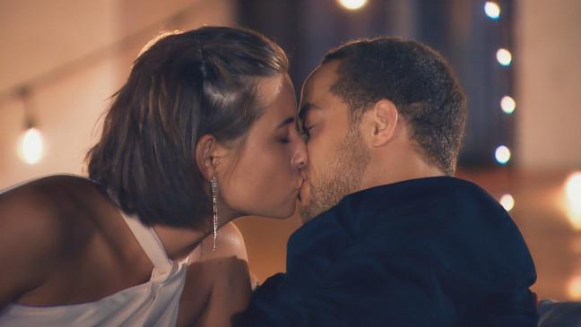Der Bachelor 2019 Erster Kuss Mit Jenny Lost Tranen Und Wut Aus