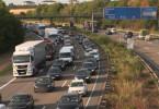 Täglich kilometerlange Staus - Autobahnfahrten werden zur Nervenprobe.