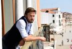 Teo Lando (Andreas Pietschmann) kehrt nach langer Zeit nach Venedig zurück.
